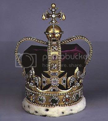http://i29.photobucket.com/albums/c280/Royal-Britain/St-Edwards-Crown.jpg