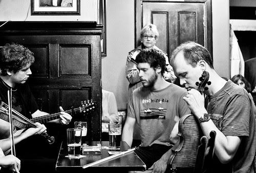 Jam session! 181/365    30/06/2011 by Jim Monan