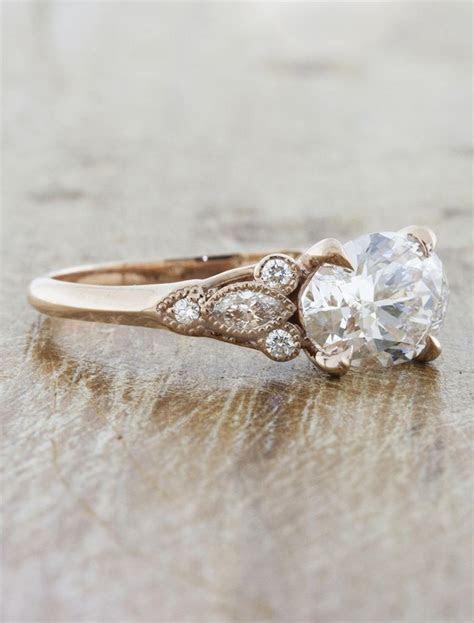 Lippy: Rose Gold Oval Diamond Vintage Inspired Band  Ken