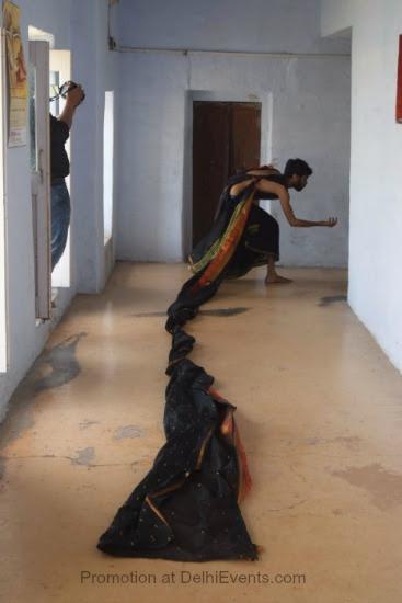 Adwait Singh Art workshop Photograph