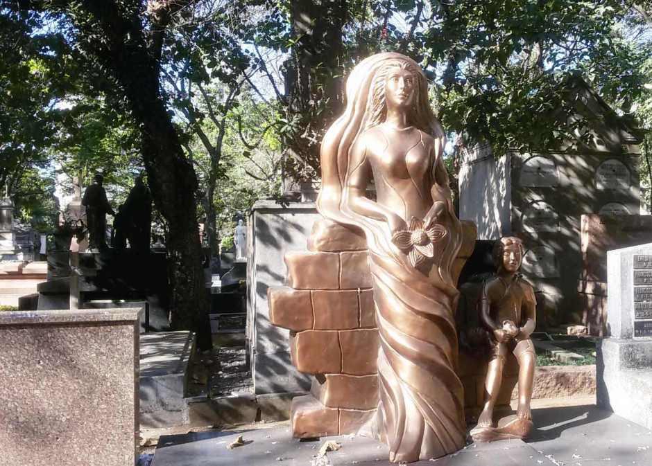 Verdadeiras obras de arte no cemitério da Consolação. Foto: Patrícia Ribeiro/ Passeios Baratos em SP