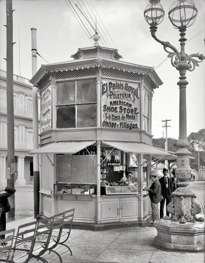 Eight-Corner Store: 1904