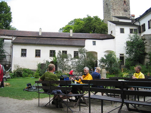 Lunch in the Hrad Rostejn courtyard