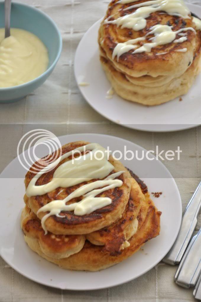 photo cinnamonrollpancakes_zpsd82b514e.jpg