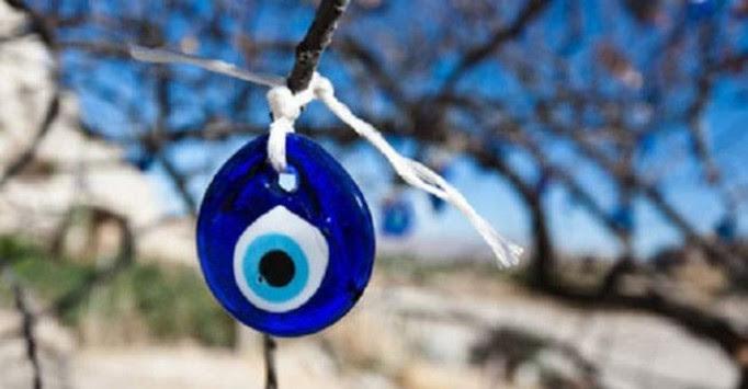 Βασκανία: Τι είναι το `μάτι` και ποιος μπορεί να ματιάσει