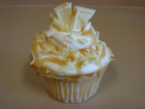 White chocolate caramel cupcake