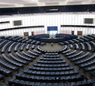 El Parlamento Europeo defiende el acceso universal de las mujeres a los derechos sexuales y reproductivos