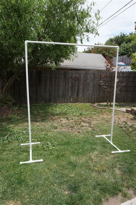 Diy arch for wedding using pvc pipes   marry. me.   Diy