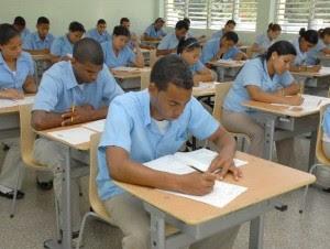 Suspenden entrega almuerzo escolar en escuelas de SFM  por falta de pago