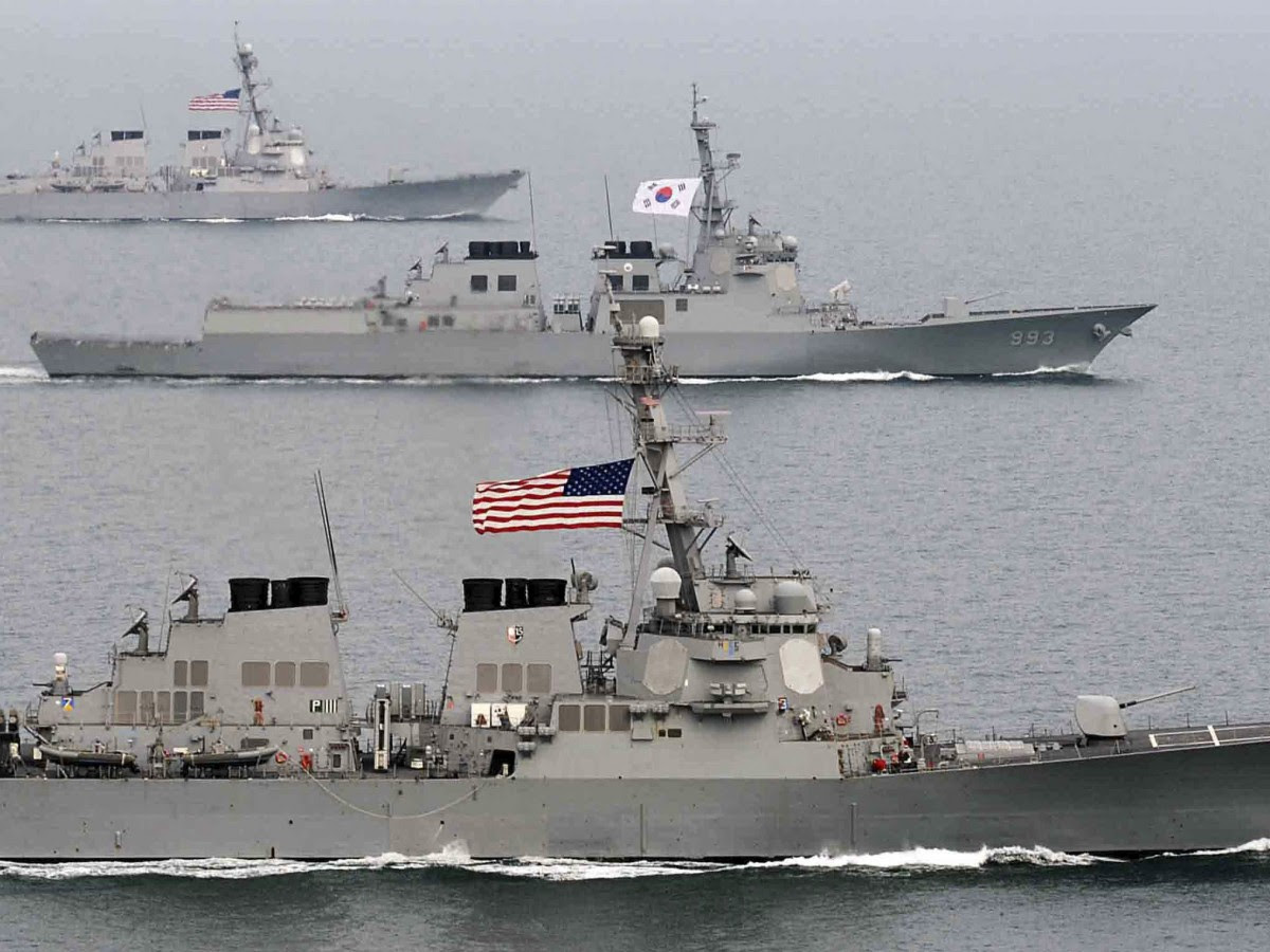 South Korea and U.S. warships participate in their joint military drill Foal Eagle in South Korea's West sea. (AP Photo/South Korea Navy via Yonhap)