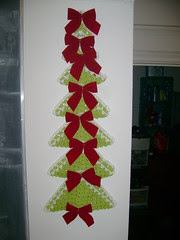 crocheted tree 09
