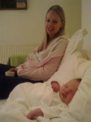 O'Neill diz que teve um parto 'perfeito' com ajuda da auto-hipnose (Foto: Arquivo pessoal / BBC Brasil)