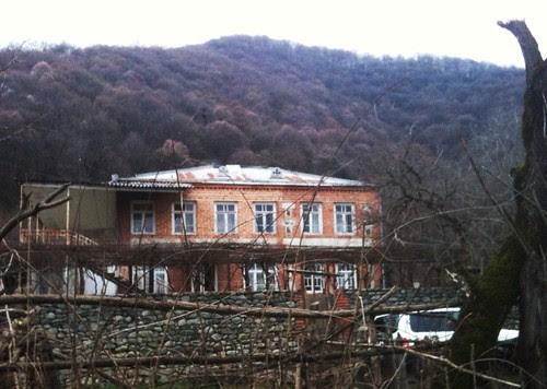 Pona Art Villa