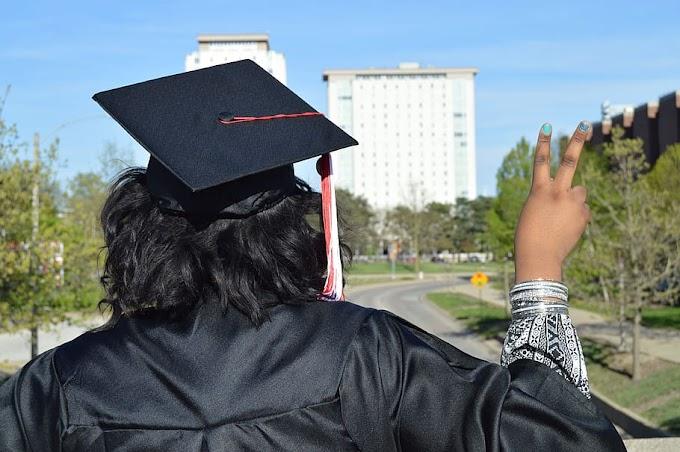Cabello Largo Peinados Para Graduacion Con Toga Y Birrete Mujer