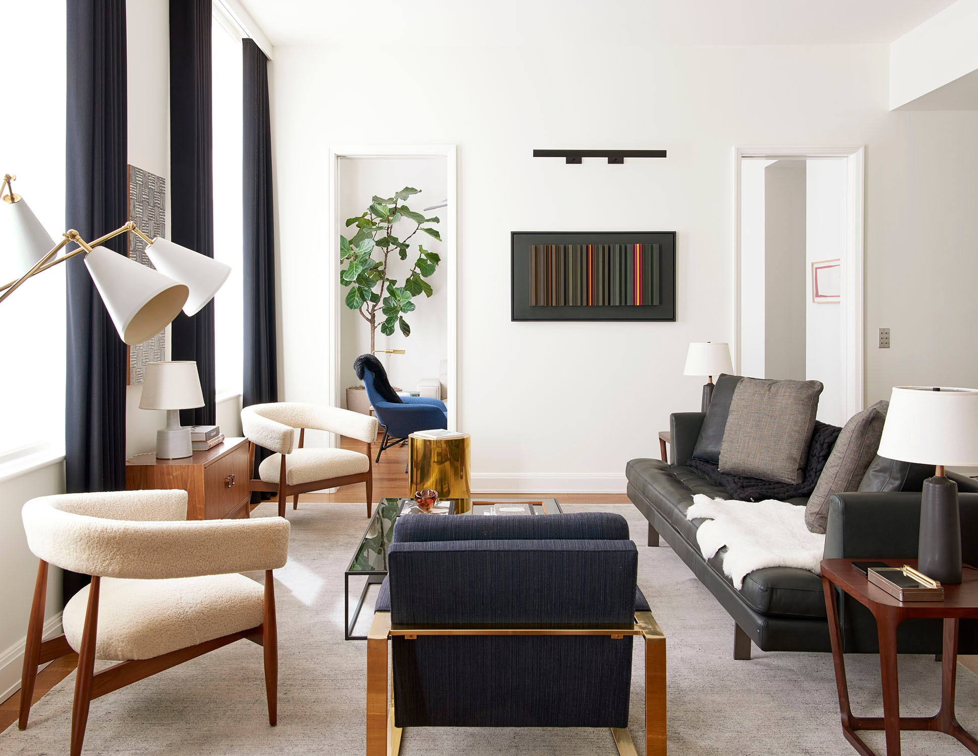 A Clean-Lined New York Apartment by Gachot Studios Dressed ...