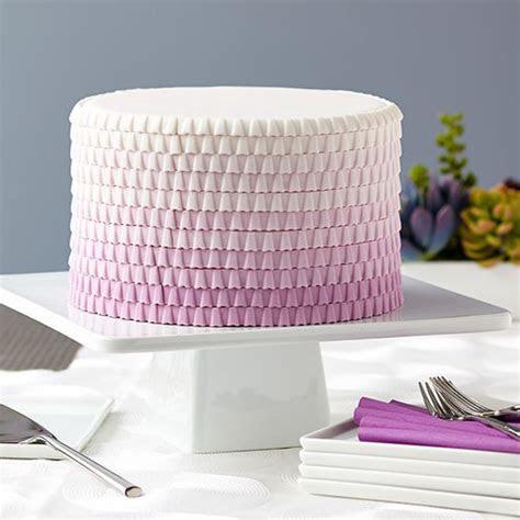 Purple Ombre Ruffled Cake   Wilton