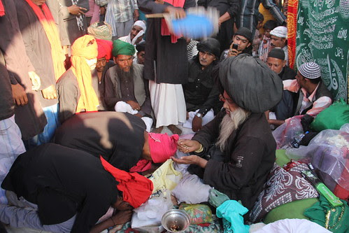 Malangs From Kolkatta Paying Tribute To Tajdare Malang Syed Ali Masoomi Madari Asqan Makanpur  2013 by firoze shakir photographerno1