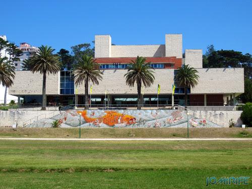 Arte Urbana by Mário Belém - Peixe laranja/Imaginário no CAE na Figueira da Foz Portugal - Frente (4) [en] Urban art by Mário Belém - Orange Fish/Imaginary in Art Center Figueira da Foz, Portugal