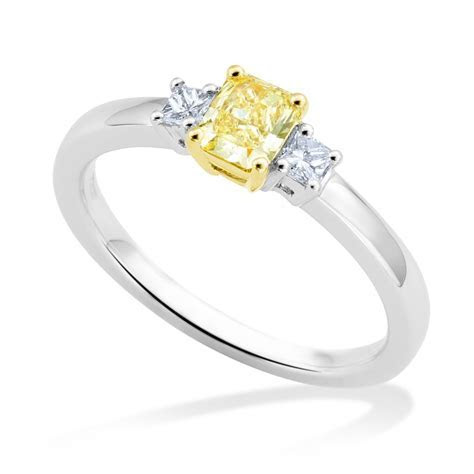 Berry's 18ct White Gold Princess Cut Yellow Diamond