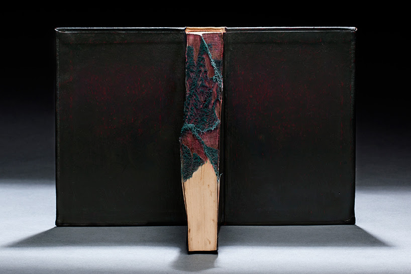 guy-laramee-onde-eles-moram-where-they-live-book-carving-art-designboom-002