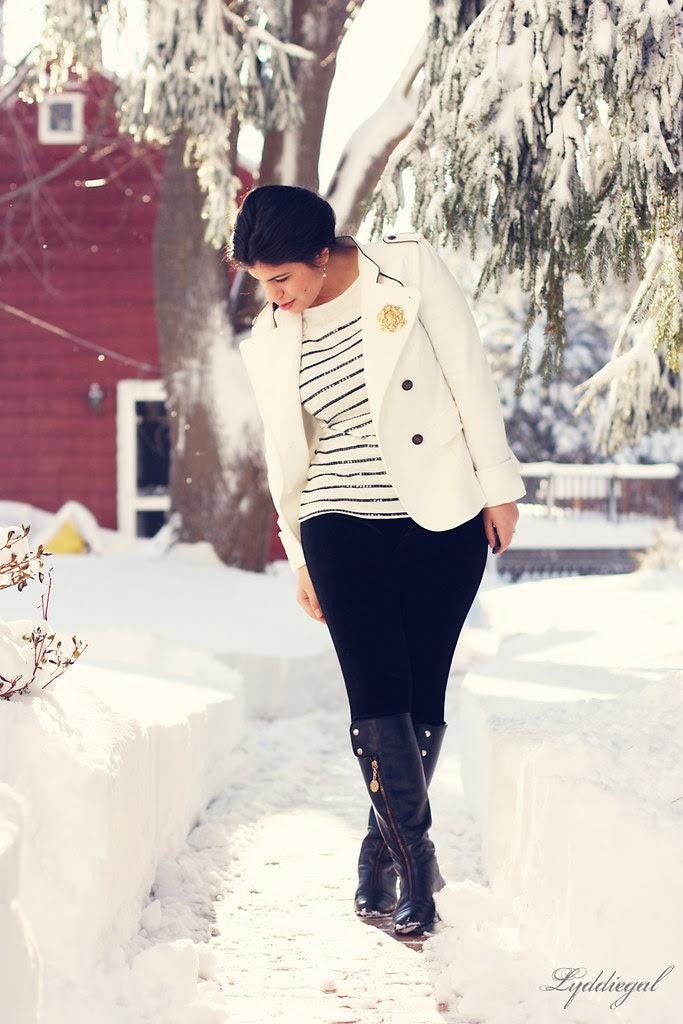 Snow {is} White