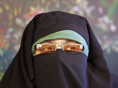 Separatist leader Asiya Andrabi booked under UAPA for allegedly hoisting Pakistani flag