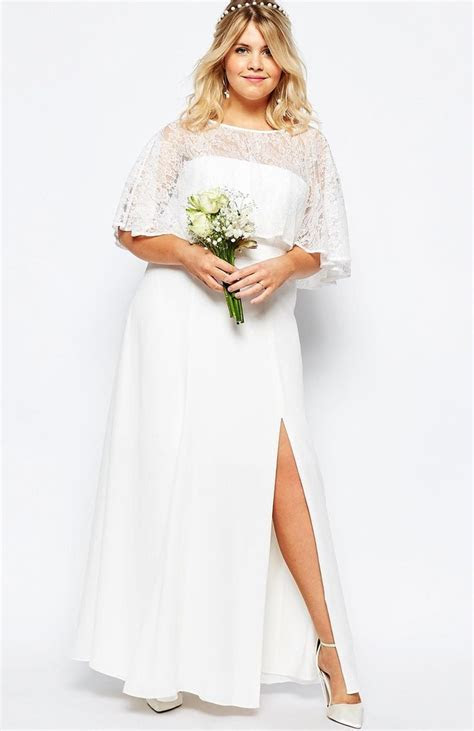 This lace maxi dress is stunning ? and it costs less than
