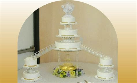 Nadines   Wedding Cakes: *A fountain stand & stairs can