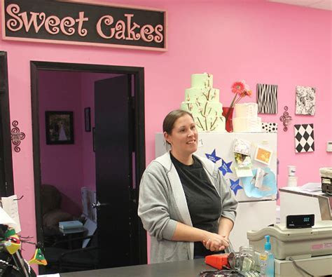 Bakery Owners Pay $135,000 in Damages in Gay Wedding Cake