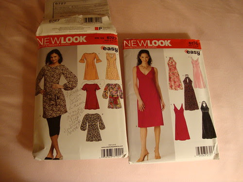 I made the short sleeved tunic on the left with round neckline