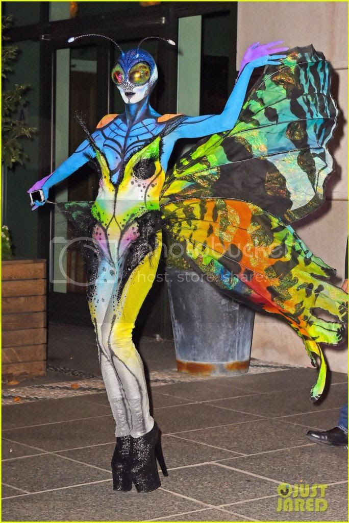 Heidi Klum Butterfly  Halloween 2014 Costume photo heidi-klum-butterfly-halloween-costume-2014-front.jpg