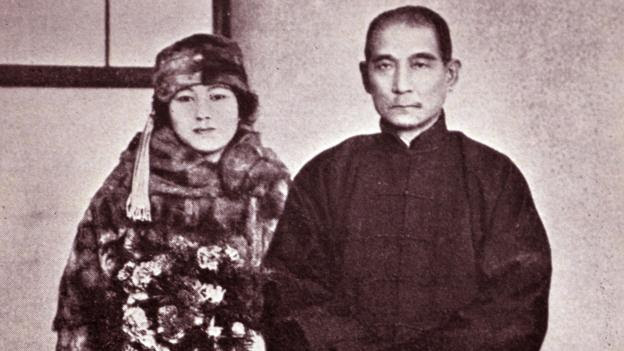 Soong Qingling married Sun Yatsen in 1915 (Credit: Credit: World History Archive/Alamy Stock Photo)