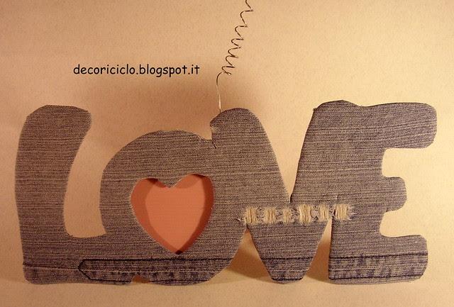 scrittta LOVE con portafoto 2