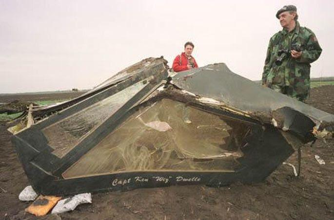 F-117 wreckage