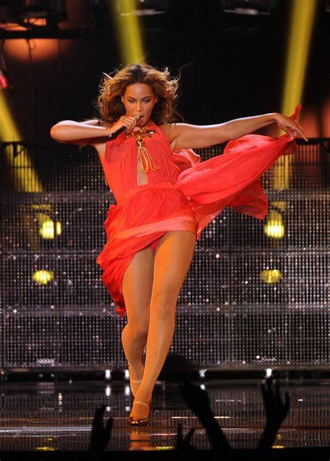 Inside Beyoncé's Tour Wardrobe   Fab Fashion Fix