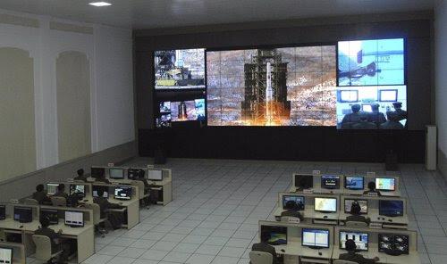 Corea del Norte lanza un satélite meteorológico con un misil de largo alcance