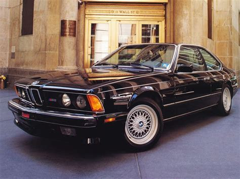 Luxury Cars Of America   Male Models Picture