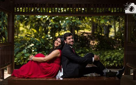 Pu La Deshpande garden Pre wedding shoot: Best location in