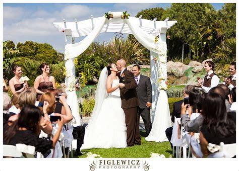MEHGAN   DAVID   SKYLINKS GOLF COURSE   LONG BEACH WEDDING