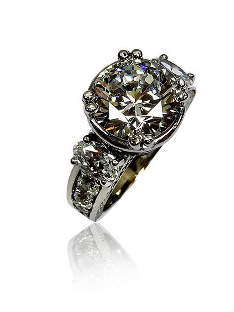 Cubic Zirconia Rings :: Engagement Rings :: 4 Carat