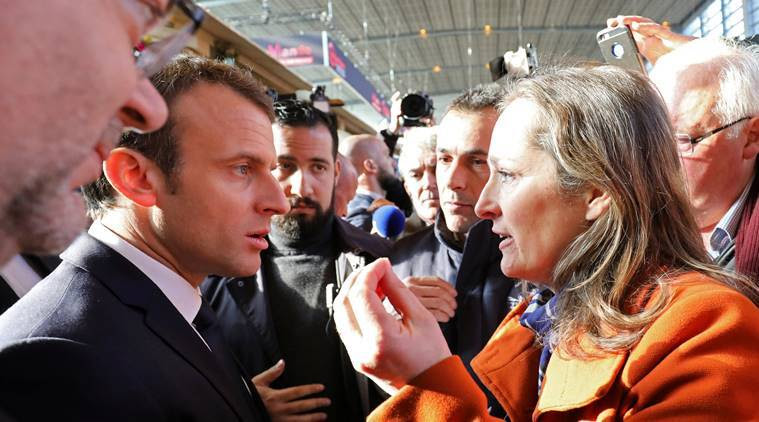 EmmanuelMacron engages hecklers in farm-show rite of passage