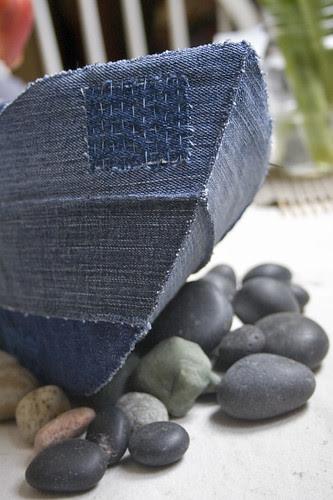 stitching on the rocks