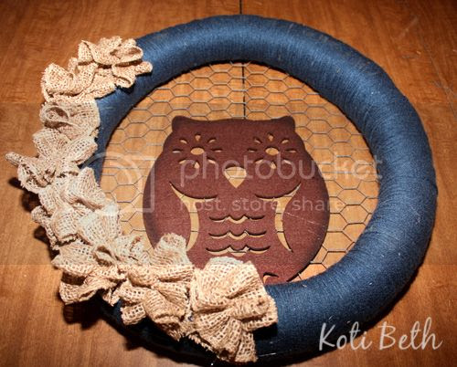 Owl Fall Wreath with Chicken Wire