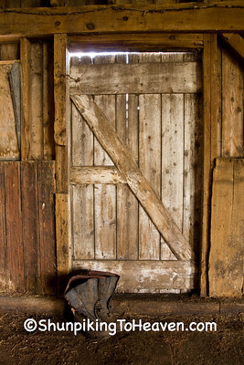 Door and Barn Boots, Clinton County, Iowa