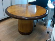 Yew veneer 120cm round table