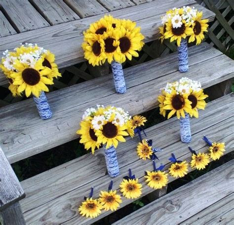 Only best 25  ideas about Sunflower Boutonniere on