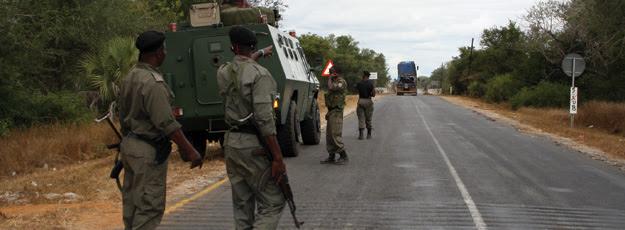 Militares-muchungue-06x13x625x230