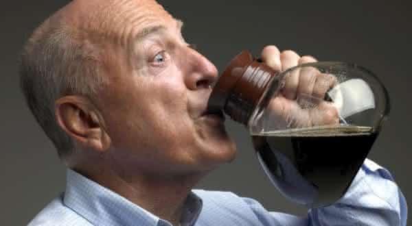 evitar caancer figado com cafe