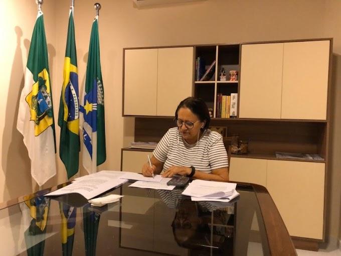 """Fátima Bezerra diz que foco do governo """"é salvar vidas"""" e que economia e aulas """"a gente repõe depois"""""""