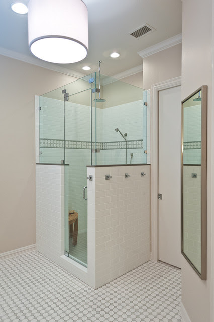 Oakleaf Bathroom - Traditional - dallas - by Scudder ...